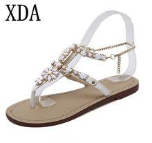 Xda 2018 mujer Sandalias mujeres Zapatos Diamantes con piedras falsas cristal  Cadenas Correa gladiador planas Sandalias dec6ea4375cb