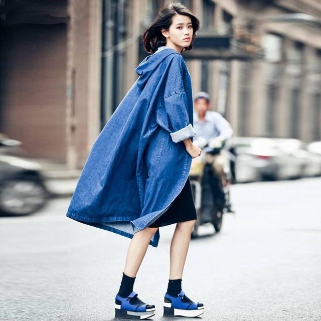 Mujeres Denim Cazadora Femenina 2016 Otoño Sólido de Manga Larga Con Capucha Tops Casual Loose Larga Recta Moda Outwear Cardigan