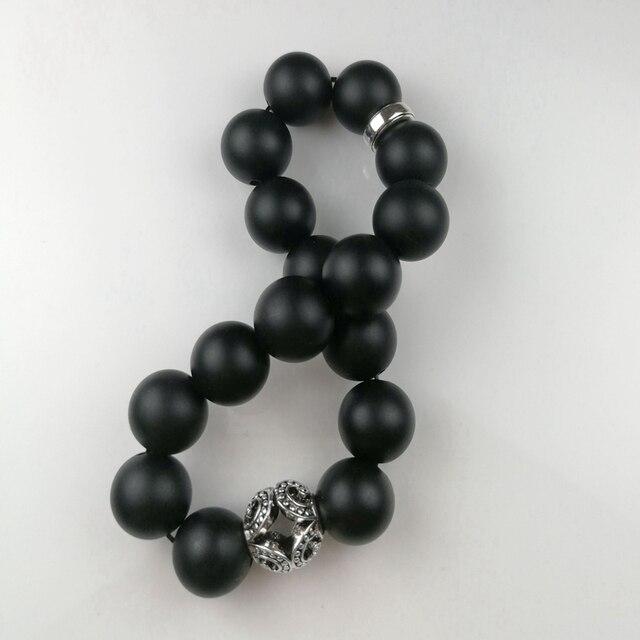 Фото большой матовый обсидиановый браслет в стиле томаса с черным
