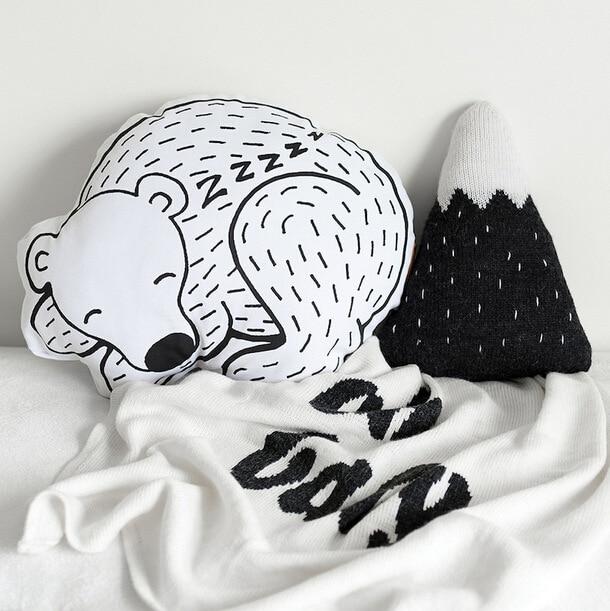 Lion Sleeping Bear Drop Emoji Cushion Kids Stroller Pillow Nap Cushions Pose Photography Props Travesseiro Decorative Pillows