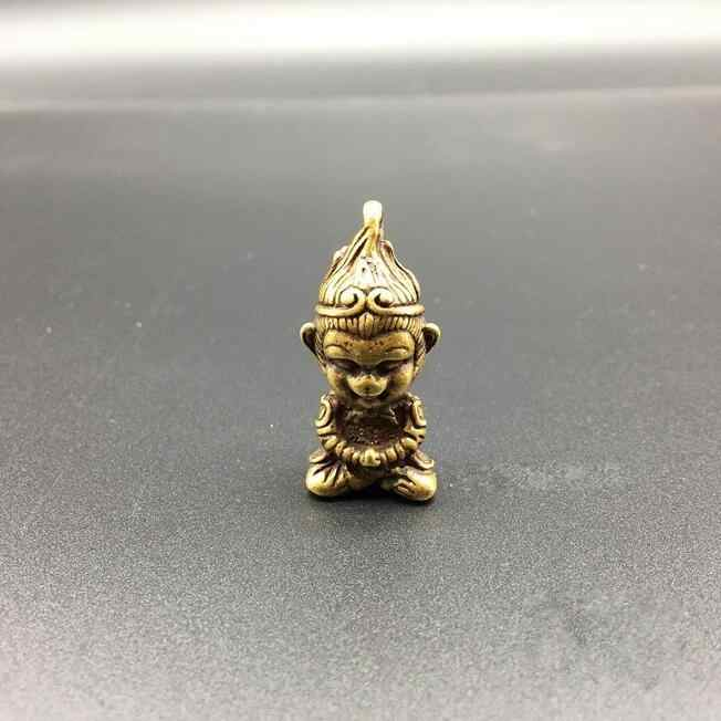 Di rame Statua Da Collezione In Ottone Cinese Intagliato Bello Monkey King Sun Wukong Squisito Piccolo Ciondolo Statue