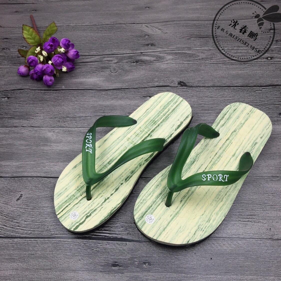 beach slippers men Flip flops men's new summer imitation wood grain men's home cool slippers Casual Men Flip Flops Rubber все цены