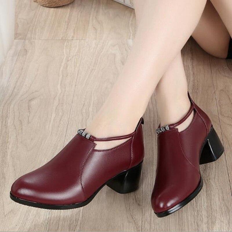 Лидер продаж; женские туфли на высоком каблуке; г.; элегантные удобные туфли из натуральной кожи; женская обувь; модные туфли на высоком каблуке со стразами