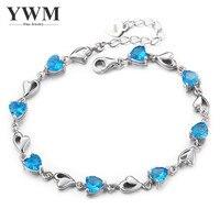 925 스털링 실버 심장 모양의 다이아몬드 팔찌 여성 모델 한국어 패션 트렌드 실버 보석 도매 여자