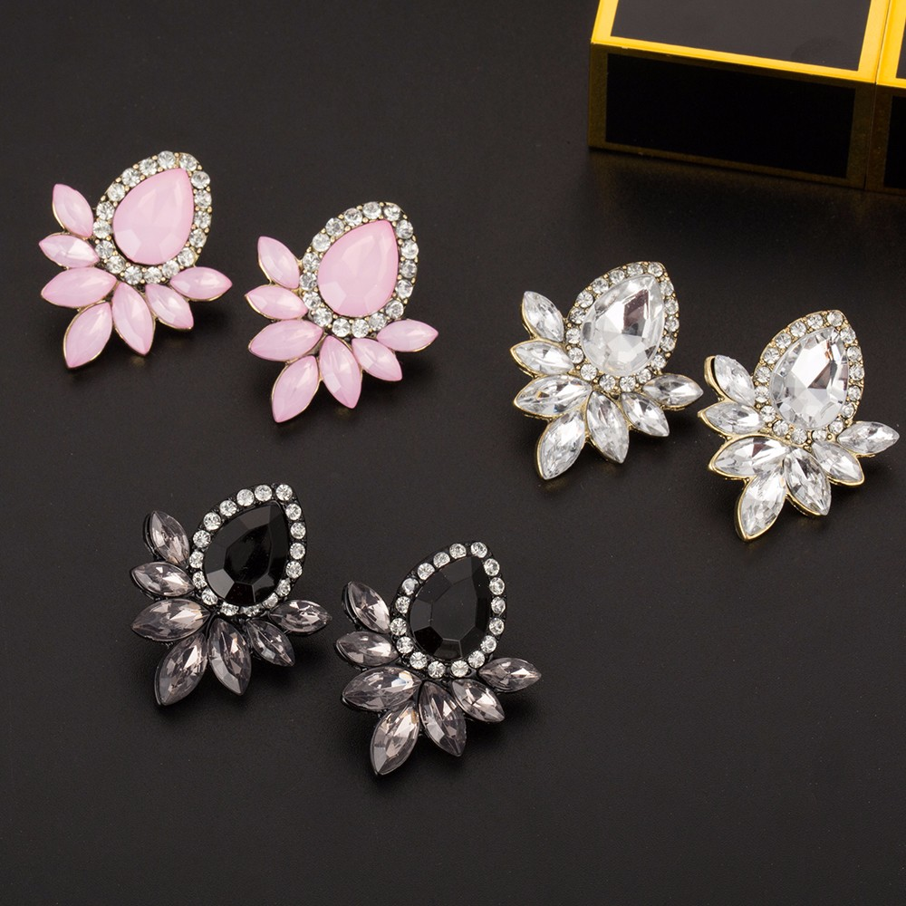 KISSWIFE 2018 New Women's Fashion Earrings Rhinestone Gray/Pink Glass Black Resin Sweet Metal With Gems Stud Earrings Girls