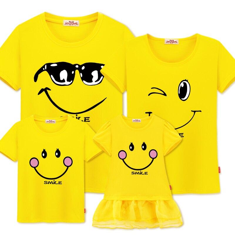 Famille Vêtements Assortis Mère Fille Robes Tenues Coton décontracté T-shirts Famille Look coton mère père Fils vêtements