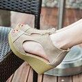 2017 Chegada Nova Respirável Mulheres Sandálias Gladiador Cunhas de Salto Alto Sapatos de Verão Peep Toe Sandálias Sapatos de Plataforma Mulher
