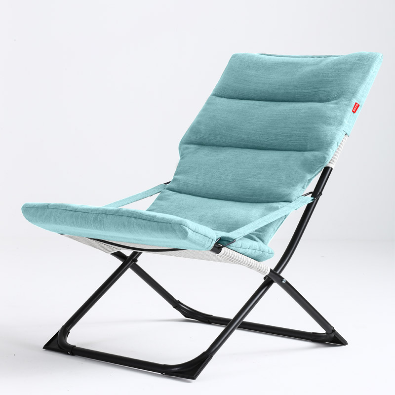 High Quality Soft Sun Lounger Outdoor Camping Foldable Comfortable Chair Adjustable Portable Leisure Balcony Chair
