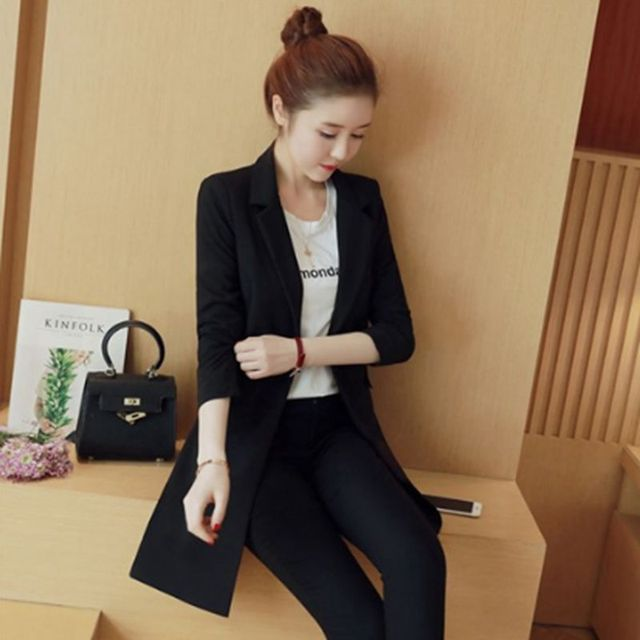 Tailleur pantalon veste courte