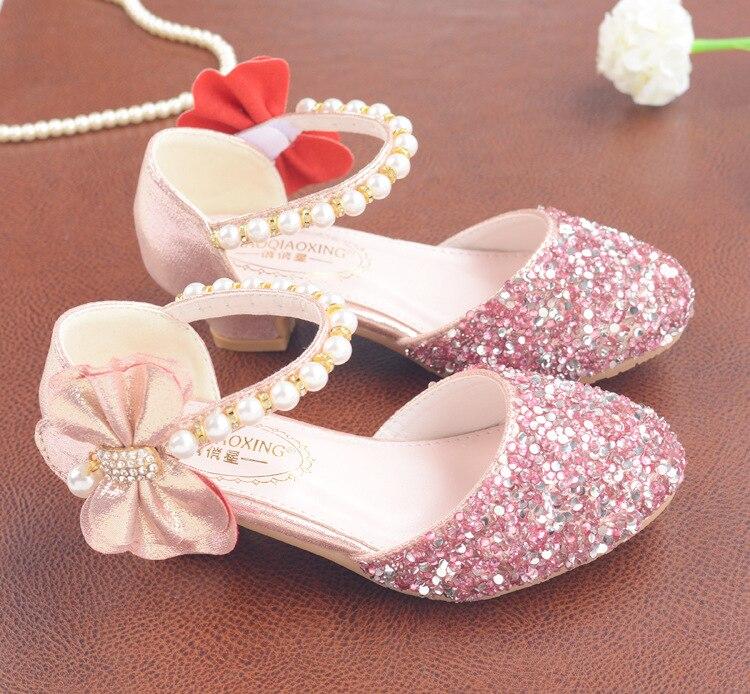 Image 5 - Детские сандалии из искусственной кожи с пряжкой на ремешке, обувь для девочек, блестящие сандалии на высоком каблуке с бантом, обувь для вечеринок, подарок, 2019Сандалии   -