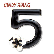 CINDY XIANG Nuovo Arrivo Smalto Numero 5 Spille per Le Donne Lettera Spilli Cappotto Jeans Accessori di Stile di Estate del Regalo Dei Monili 2019(China)