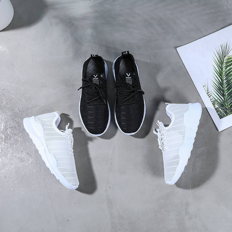 Delivery New Summer Fashion Old Beijing Single Shoes Women Leisure Comfortable Breathable Net Shoes Floor Stall Sports Shoes
