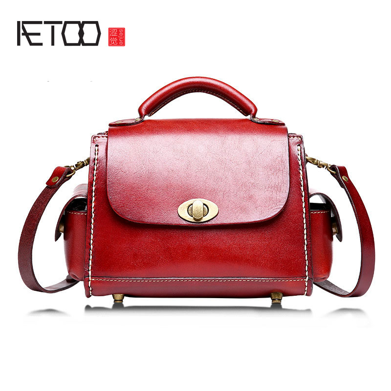 AETOO The new female package fashion retro leather female lace small bag head layer leather leather tannage handbags aetoo the new first layer of leather handbags leather lingge shoulder bag retro cowardly messenger bag female small square bag