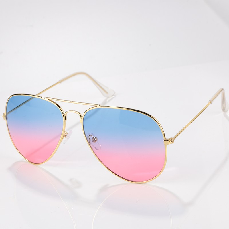 Kacamata Fashion Wanita Merek Desainer Baru Gradien Kacamata Tanpa Bingkai  Pria Frog Cermin Sun Glasses 15 94e7f1213c