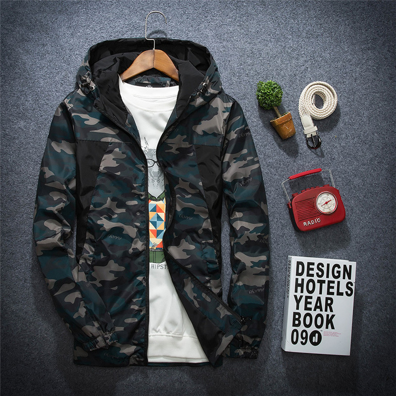 Bomber jacket 2016 New Arrival Brand Clothing Men Fashion Camouflage Jacket Summer Male Hooded Thin Sunscreen Coat