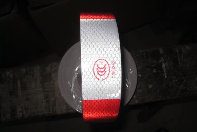 45M/Roll High Visibility Reflective PVC Tape White Add Red Reflective Warning Tape Directly Paste Gor Van Car Warning Posted
