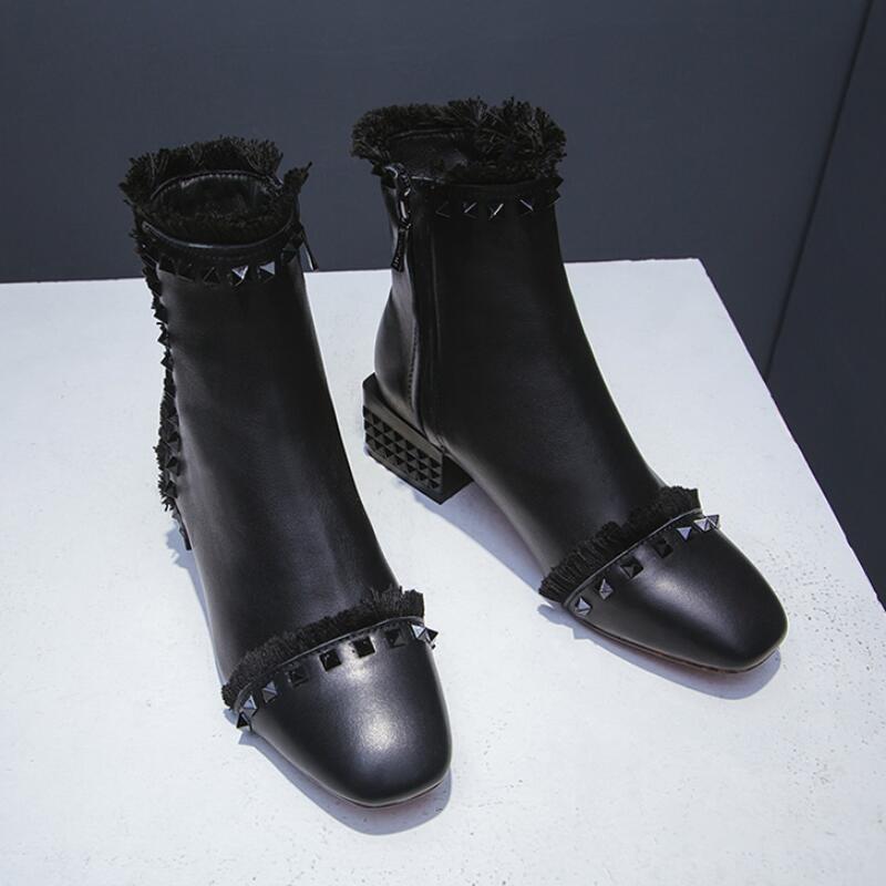 2018 automne et hiver femmes nouveau européen et américain à la mode carré orteil en cuir rivet gland bottes femmes zipper chaussures