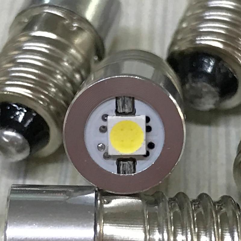 Lâmpadas Led e Tubos luz trabalho de polaridade positiva Modelo do Chip Led : 3020
