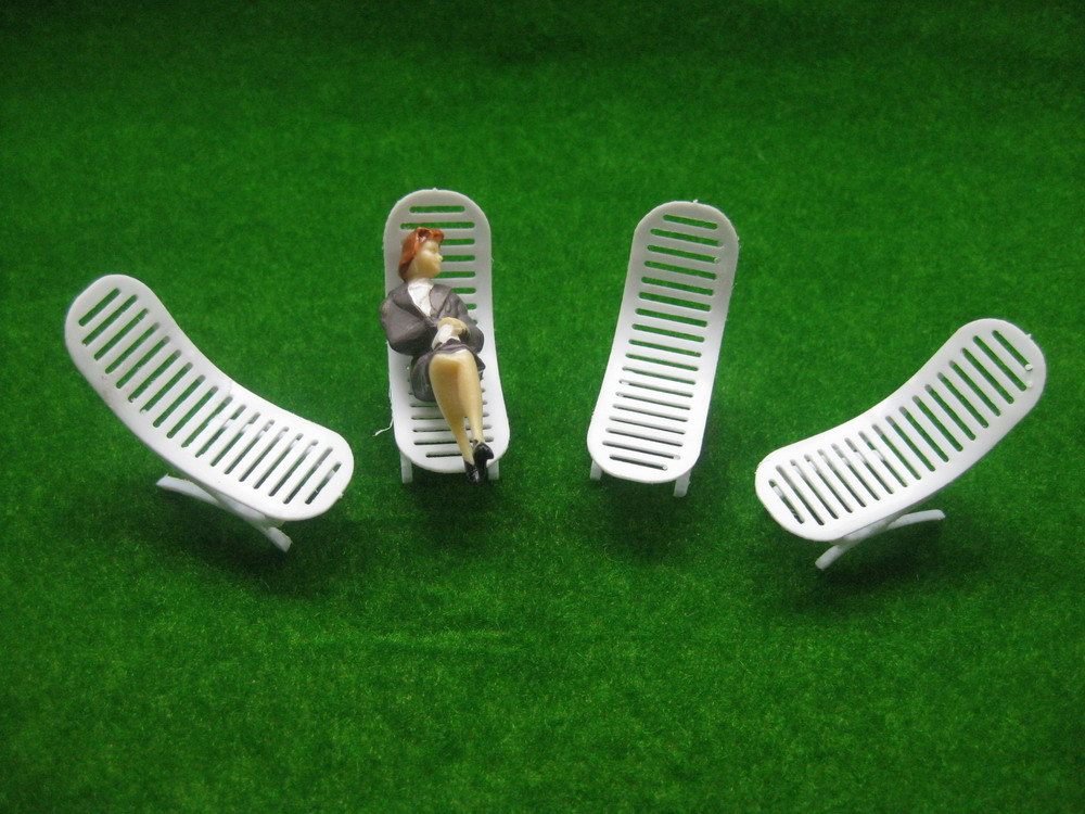 YZ3001 Model Railway Layout 1:30 Sun Loungers Beach Chairs G Scale NEW In  Figurines U0026 Miniatures From Home U0026 Garden On Aliexpress.com | Alibaba Group