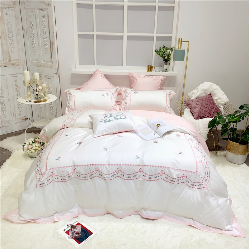 Luxury Egypt Cotton Sweet Dream Bedding Set Embroidery Silky Duvet Cover Sets Bed Sheet Pillowcases Queen King size 4Pcs BedlineLuxury Egypt Cotton Sweet Dream Bedding Set Embroidery Silky Duvet Cover Sets Bed Sheet Pillowcases Queen King size 4Pcs Bedline