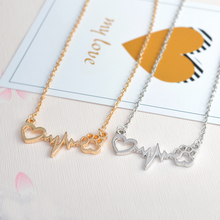 Love & Paw Necklace – Dog Paw And Heart Pendant Necklace