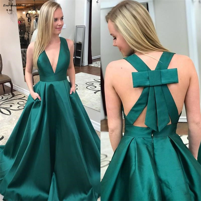 2019 Simple Green Long Prom Dresses Deep V-Neck A-Line Party Gowns Bow Backless Graduation Dresses With Pockets vestido baile