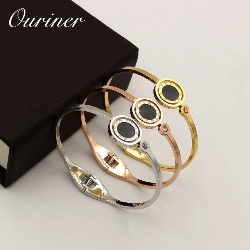 Luksusowa marka miłość biżuteria cyframi rzymskimi obrotowa bransoletka bransoletka dla kobiet czarny/biały biżuteria powlekana dwustronnie mankiet bransoletka k096-1