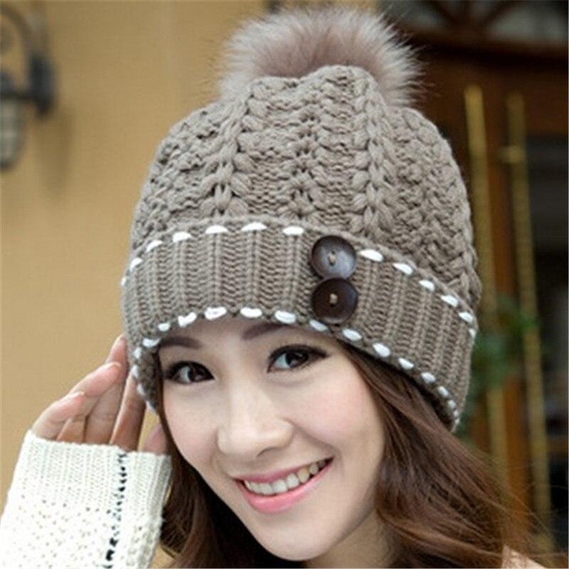 c48854c7c0b23 Caliente elegante sombreros para mujer invierno y otoño gorros gorros  tejidos de piel gruesa bola de los accesorios del arnés gorros de lana  mujer HA016 en ...
