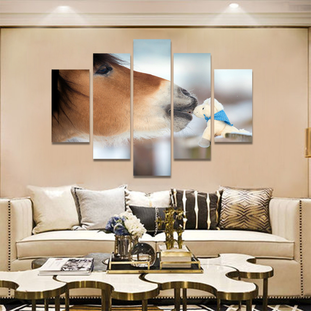 Unframed Canvas Animal Painting Pony And Doll Racecourse Prints Wall Picture For Living Room Wall Art Decoration Dropshipping