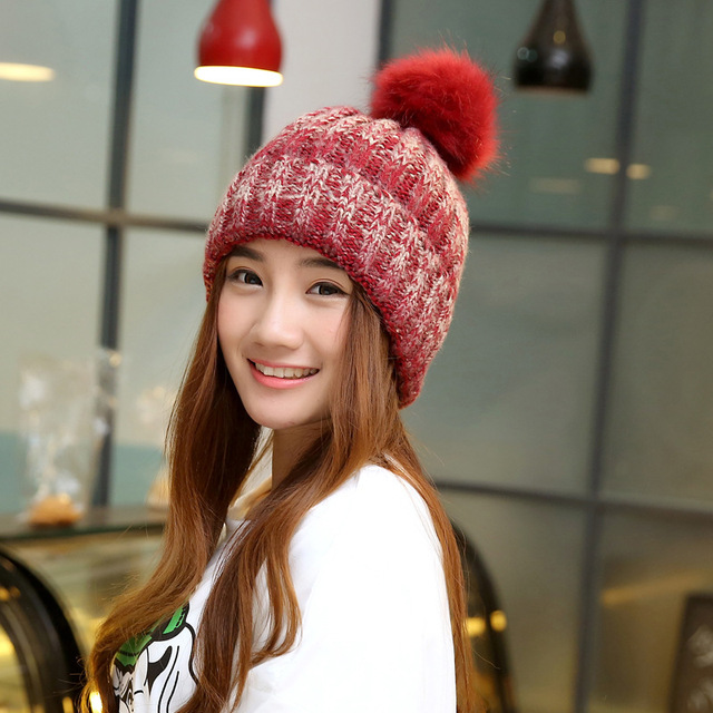 Fashion 2016 Autumn And Winter Female Hats Hot Selling The Knitting Ball Wool Cap Hat Casual Outdoor Cap For Women Free Shopping