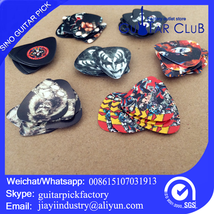 Free shipping new design acoustic band guitar picks 0.71mm durable random delivery 120pcs