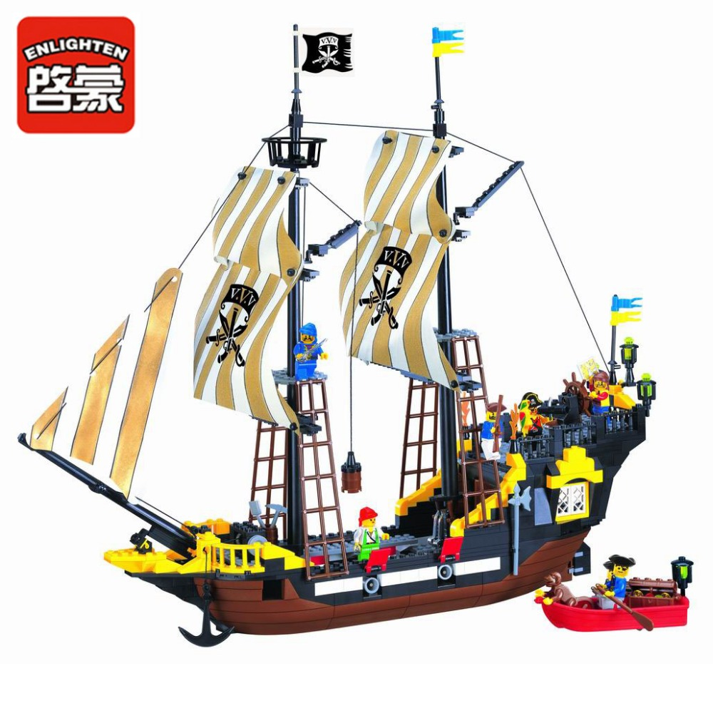 Enlighten Building Block Pirate Ship Boat Adventure 6 Figures 4 Cannons 590pcs (Without Original Packing Box)