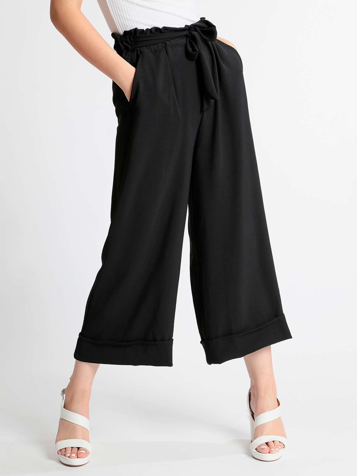 Culotte Pants With Ruffles Waist-Black