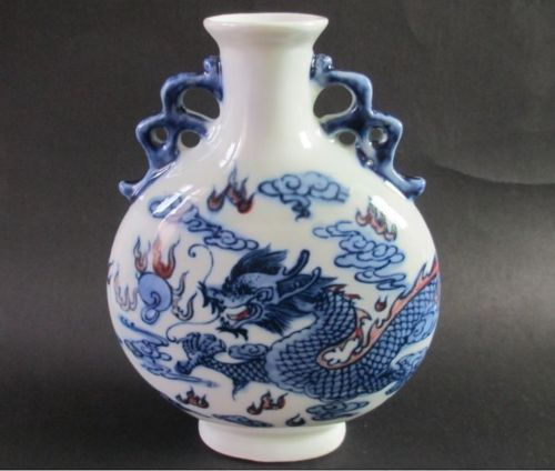 Elaborate Ancient Chinese Blue And White Porcelain Vase Double