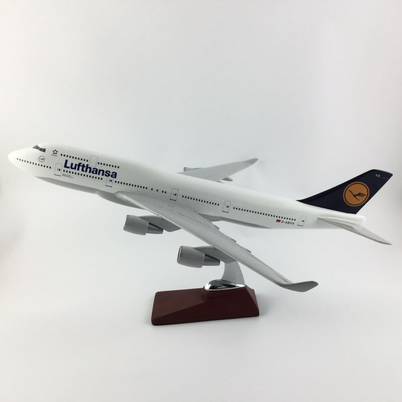 45 47CM LUFTHANSA AIRLINES B747 1:150 METAL Alloy Aircraft
