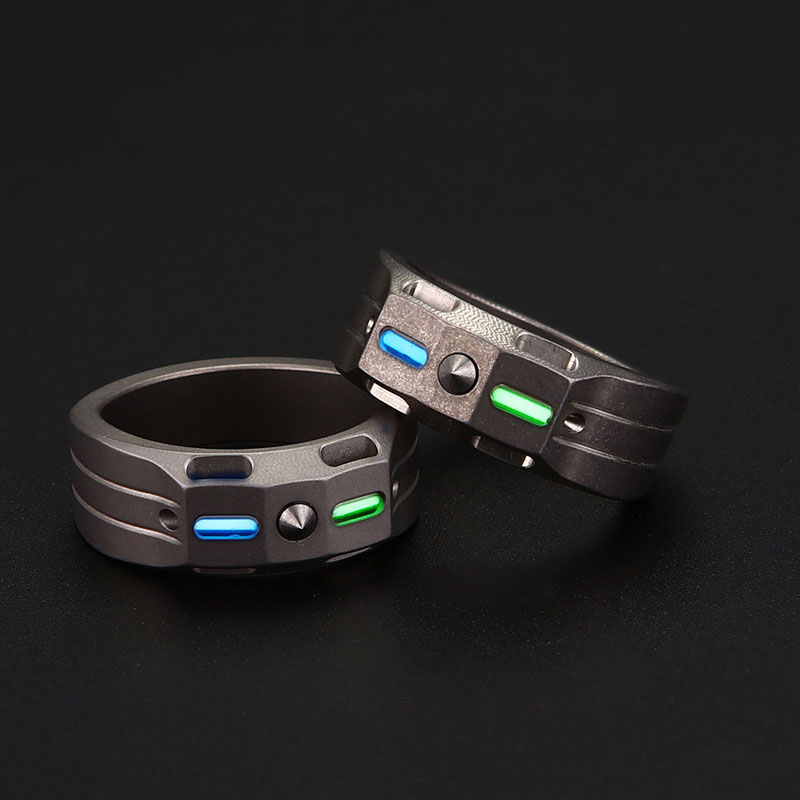 EDC Titanium Alloy Finger Ring with Tungsten Steel head with Tritium gas tubes with A Pendant