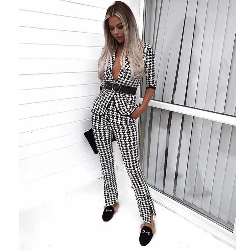wholesale 2019 New Fashion Feather Set Black and white jacquard Half V neck top pants Two