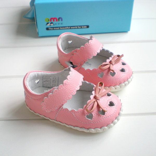 2017 OMN Brand Baby Shoes Genuine Leather Pink Color Fretwork  Baby Girls Non-slip Toddler Shoes