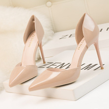 2019 rouge nu Sexy Femmes Pompes Extreme Talons Stylets De Mariage  Chaussures Plate-Forme Bateau 792970afe8b5
