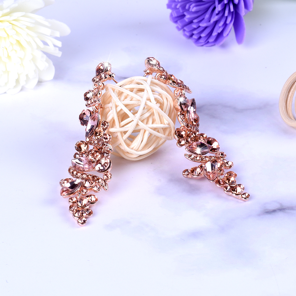 New Glass Rhinestone Earrings Imitation Crystal Fashion Jewelry Alloy For Women drop Earrings High grade Exquisite long Earrings