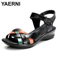 YAERNI 2017 Summer New Mother Sandals Elderly Fashion Casual Leather Female Flat Sandals Hollow Large Size