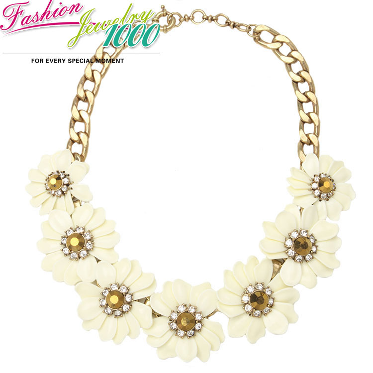 New Brand Vintage Beige Daisy Flower Rhinestone Collar Necklace Fashion Floral Chunky Statement Choker Charm Jewelry