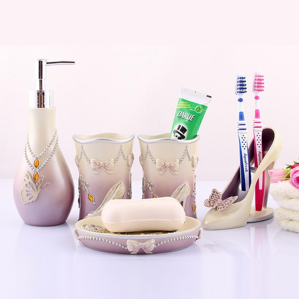 Novelty High Heels 5pcs Bathroom Accessories Set Modern Lady Sets Soap Holder Wash Cup Wedding Decors Bath Free Shipping In
