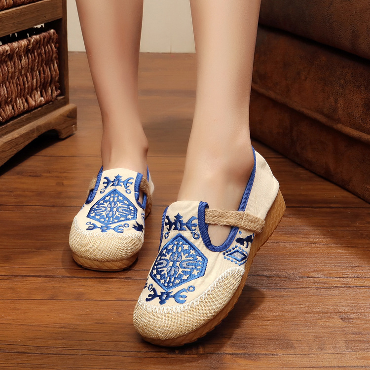 New Women Chinese Traditional Flower Embroidered Flats Shoes Casual Comfortable Soft Canvas Office Career Flats Shoes G006 new women chinese traditional flower embroidered flats shoes casual comfortable soft canvas office career flats shoes g006