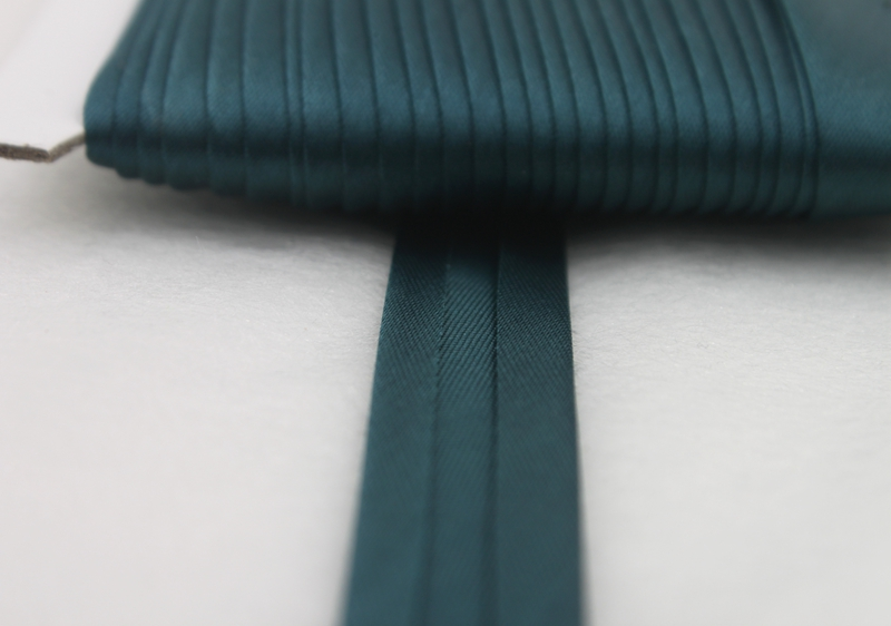 5 8 quot 17mm Green Bias Tape Bias Binding For DIY Garment Sewing And Trimming Polyester 25yard roll in Ribbons from Home amp Garden
