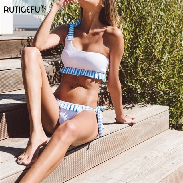 One Shoulder Bikini Set 2018 Summer Beach Sexy Swimsuit Stripe Frills Swimsuit Brazilian Women White Push Biquini Plavky