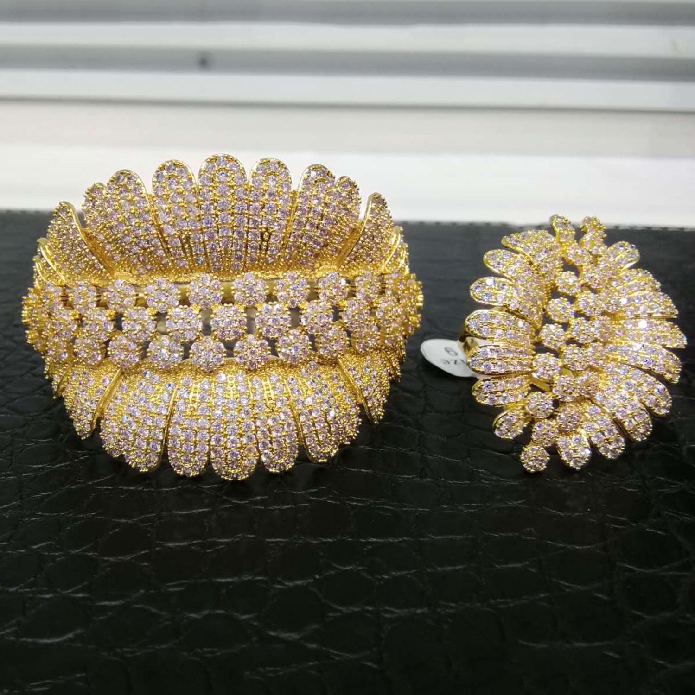 GODKI luksusowe Trendy moda kwiat liść geometria cyrkonia bransoletka ślubna dla kobiet bransoletka Ring Set wysokiej zestawy biżuterii w Zestawy biżuterii od Biżuteria i akcesoria na  Grupa 3
