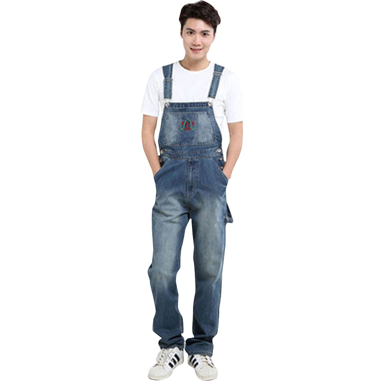 New Men's fashion pocket denim overalls for boys Male casual loose jumpsuits Plus large size jeans Bib pants Free shipping male suspenders 2016 new casual denim overalls blue ripped jeans pockets men s bib jeans boyfriend jeans jumpsuits