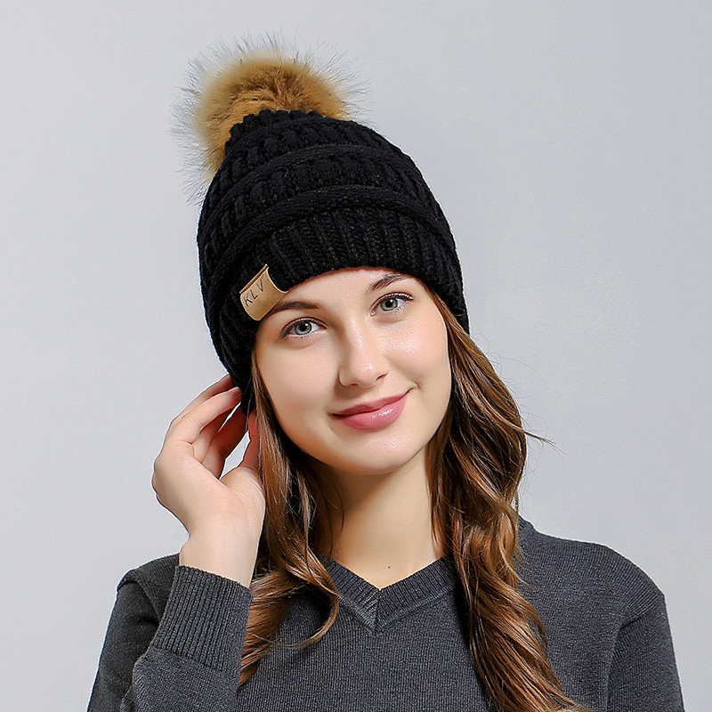 Susi&Rita 2017 Pompom Fur Hat Women Casual Knitted Beanies For Ladies Warm Winter Hats Female Thick Skullies Gorros Mujer velvet thick keep warm winter hat for women rabbit fur knitted beanies ladies female fashion skullies elegant hats for women
