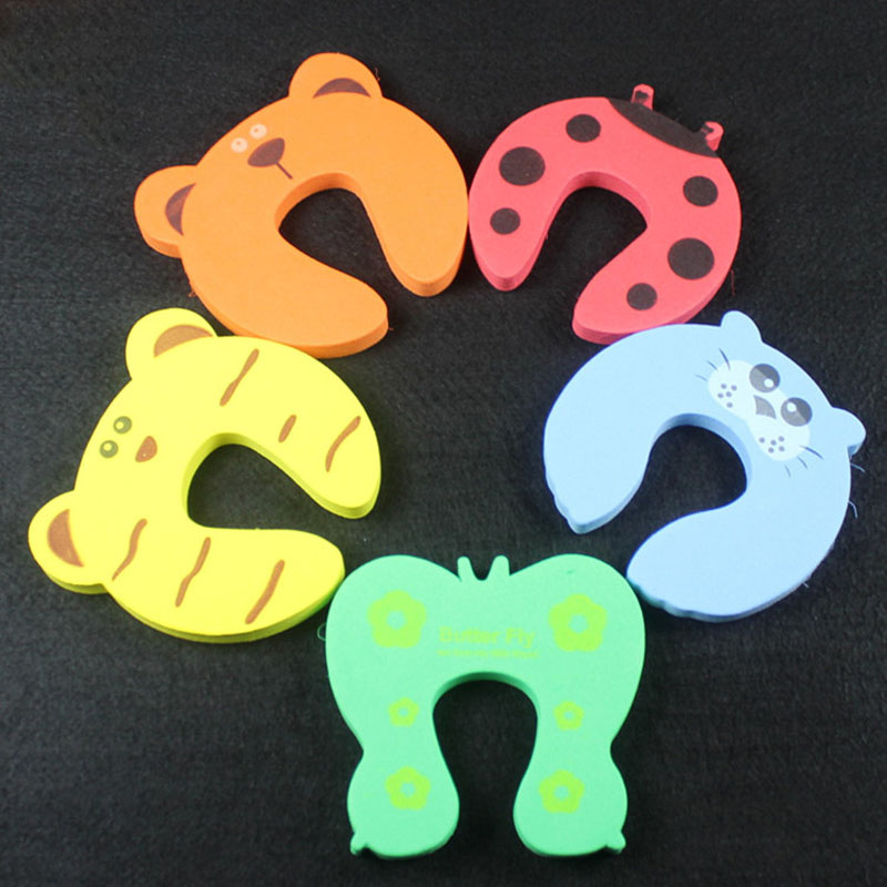 5 Pcs/Set Hand Security Stopper Clip Children Safety Door Card Clamp Cartoon Animal Pinch Baby Kids Finger Protector J2Y smiley face door window children safety lock band 2 pack set